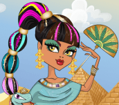Cleo De Nile Hairstyle
