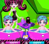 Monster High Twins Babysitter